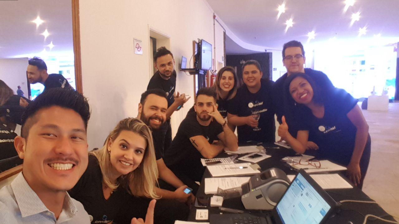 Leilões beneficentes: time da Superbid voluntário no leilão presencial da ONG Santa Fé