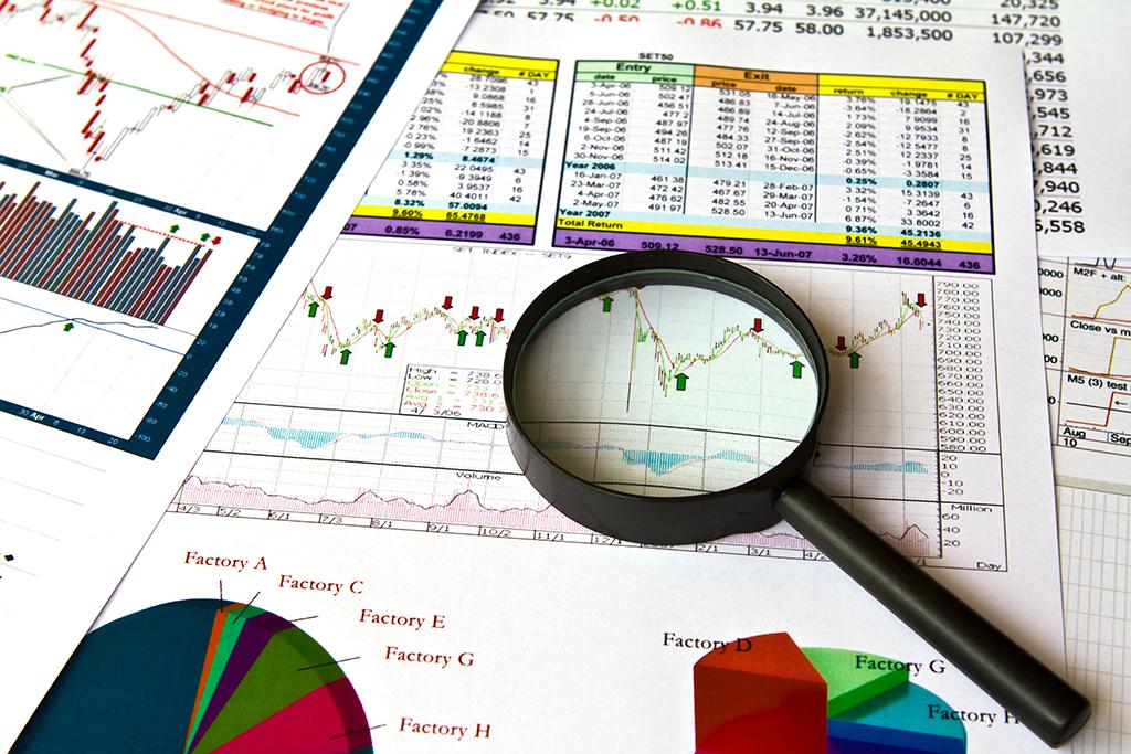 A avaliação referencial entra quando empresas buscam soluções de desinvestimento para recuperação, manutenções, atualização contábil e, claro, venda.