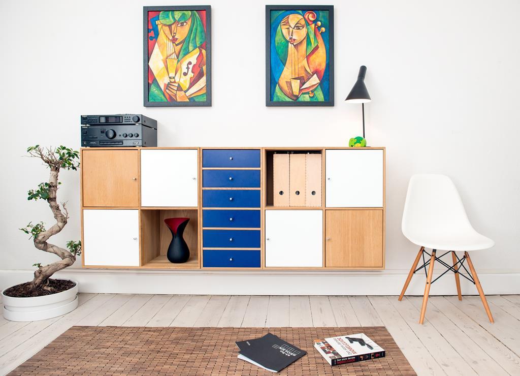 escolha o armário do seu escritório tendo em mente o tamanho do ambiente e decoração