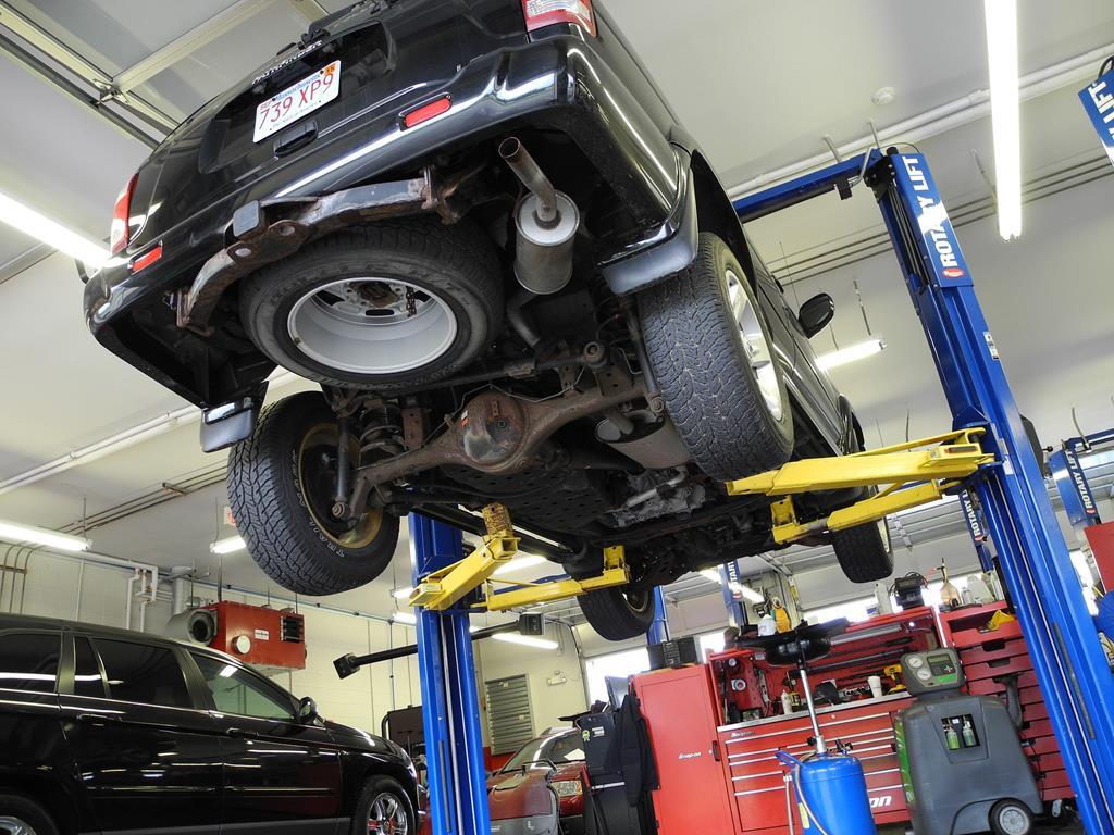 a oficina dará uma olhada nos danos para fazer um orçamento prévio do valor de reparo do veículo