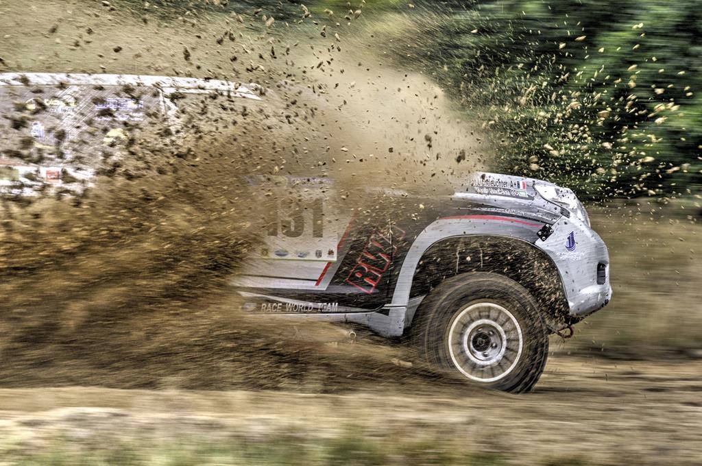 os modelos off road são destinados para motoristas que usam estradas de terra ou barro