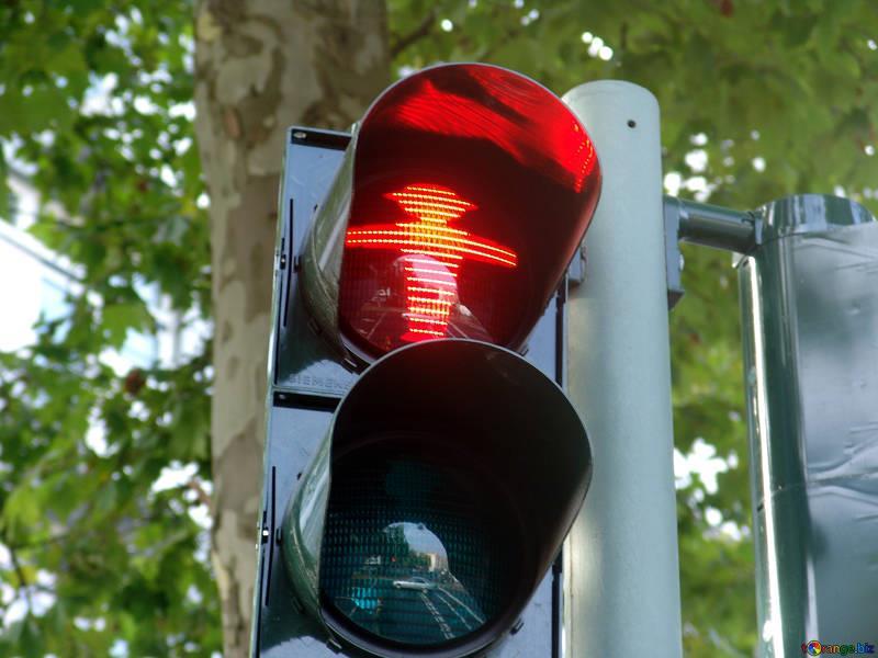 avançar em sinal vermelho é considerada uma infração de trânsito gravíssima