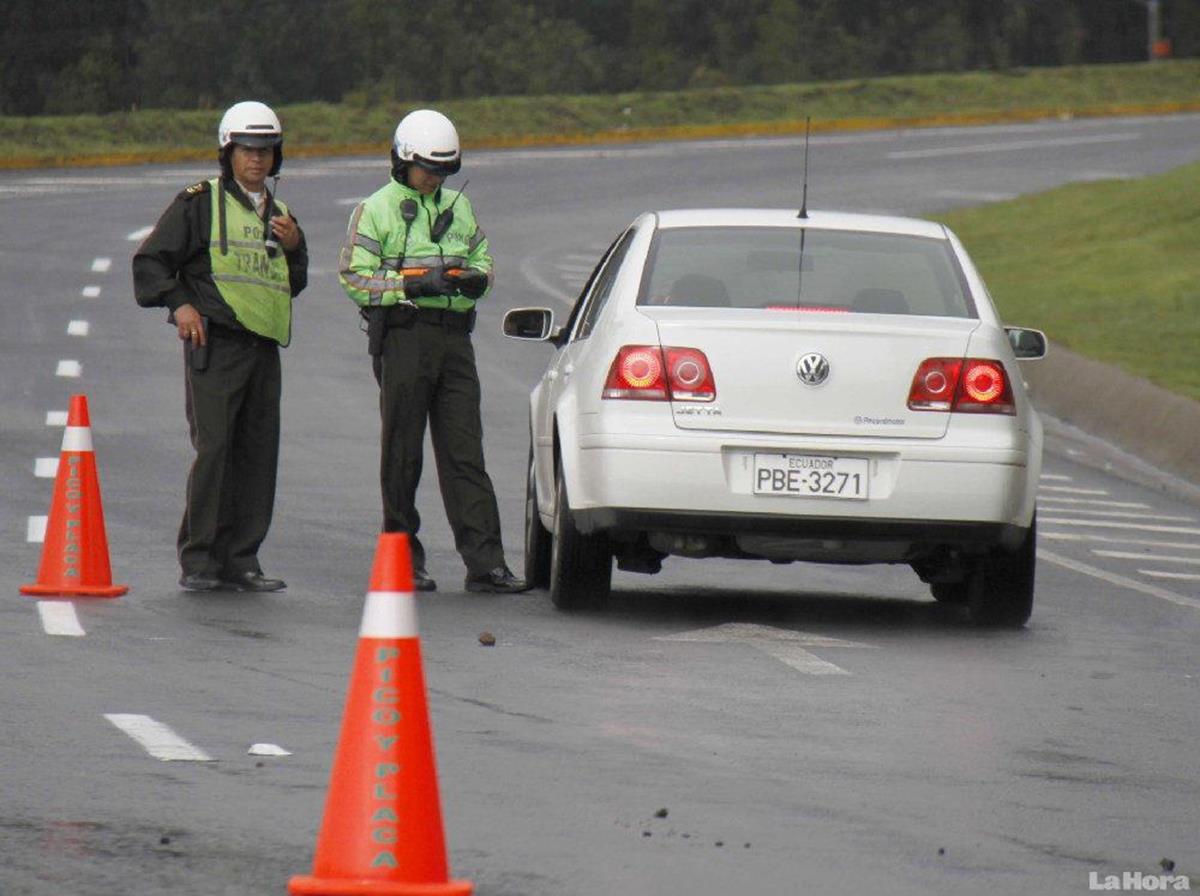 apesar da pontuação ser diferenciada, motoristas que estiverem portando a PPD podem, sim, receber multas