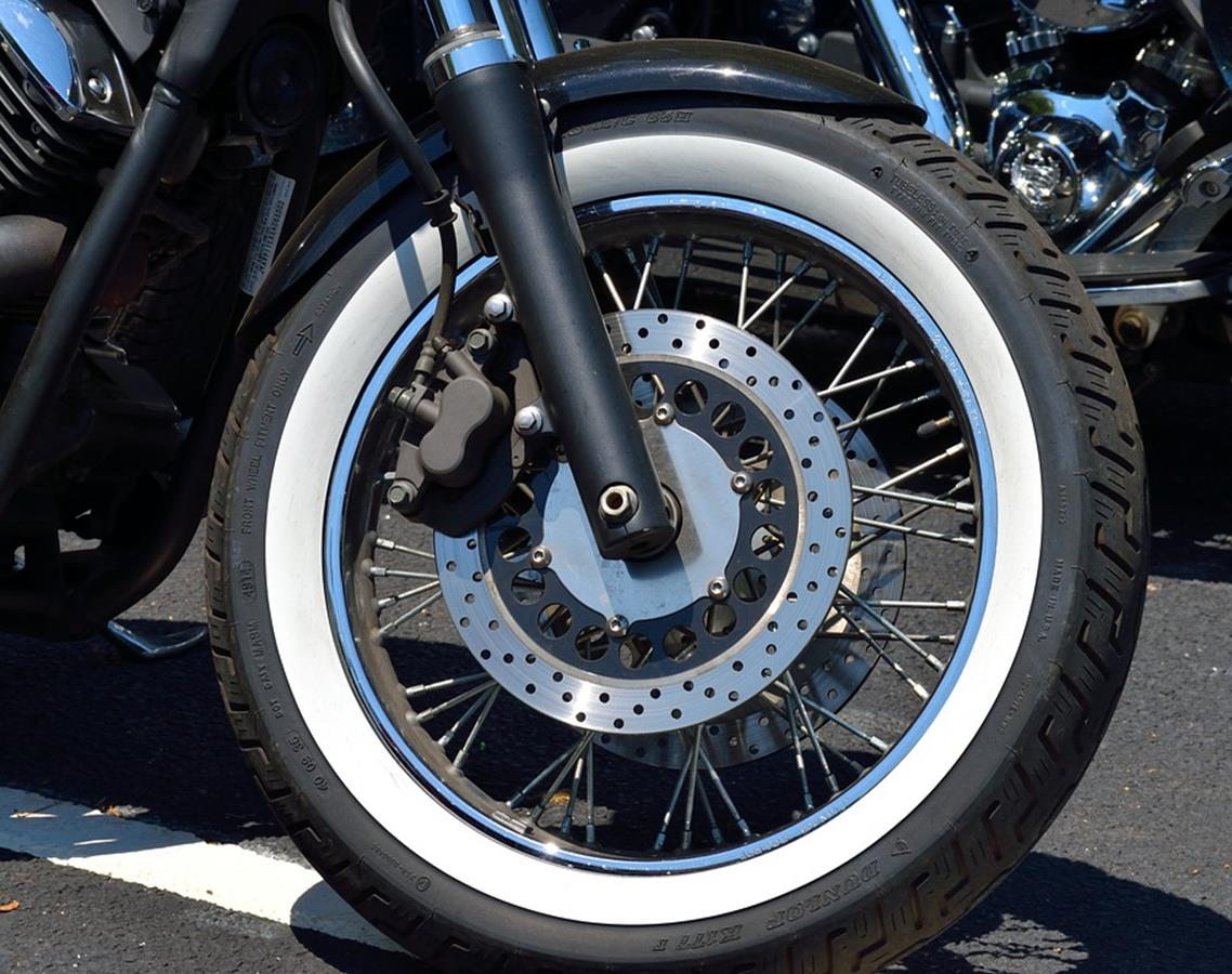 Qual o prazo de validade de um pneu de moto?