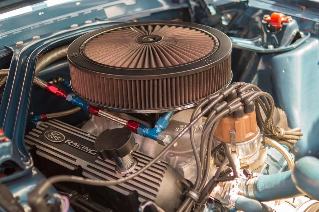 o fabricante faz a recomendação do óleo lubrificante de acordo com os testes realizados antes do veículo sair da fábrica