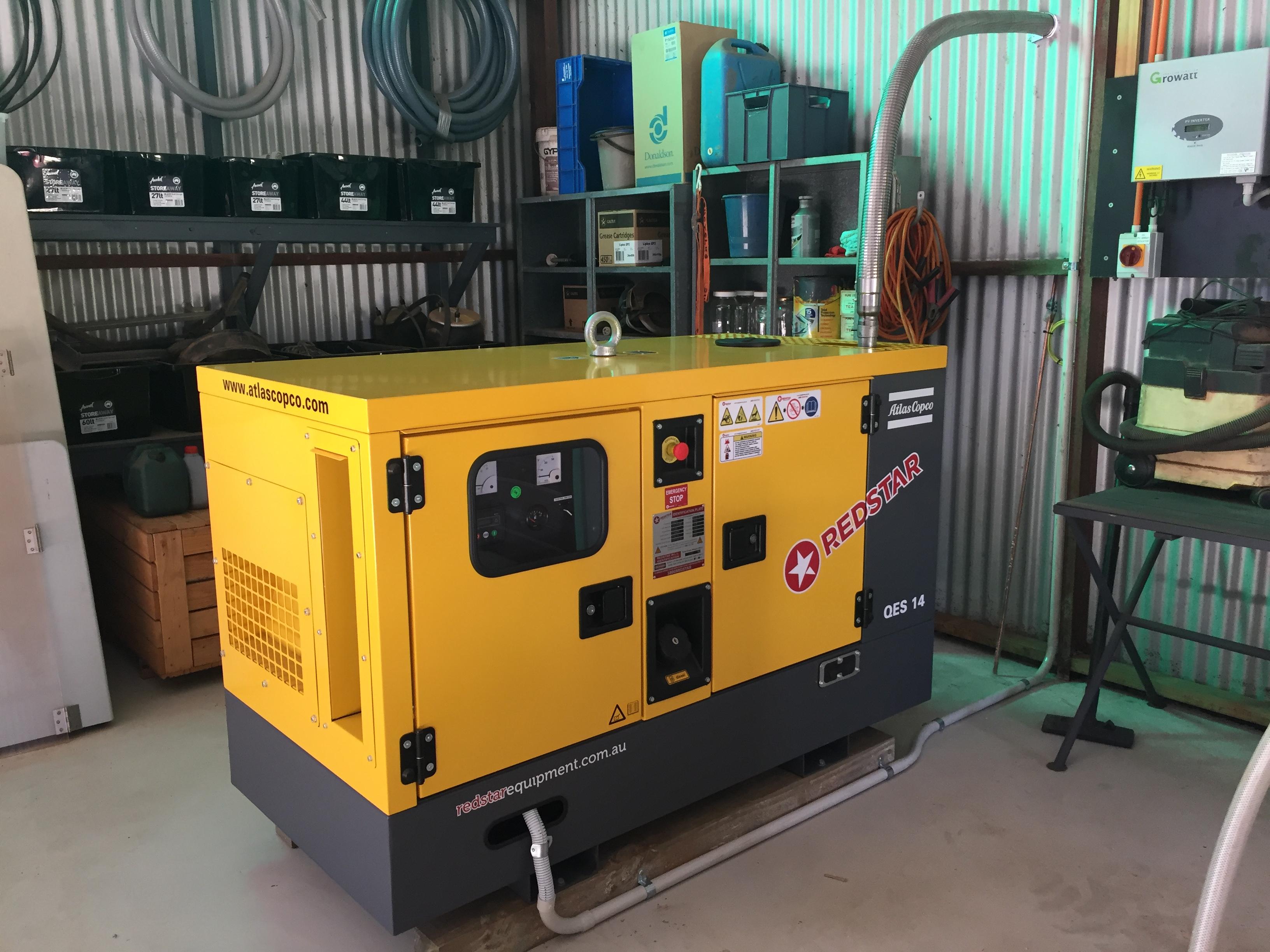 Modelo de gerador a diesel alocado em uma estação interna