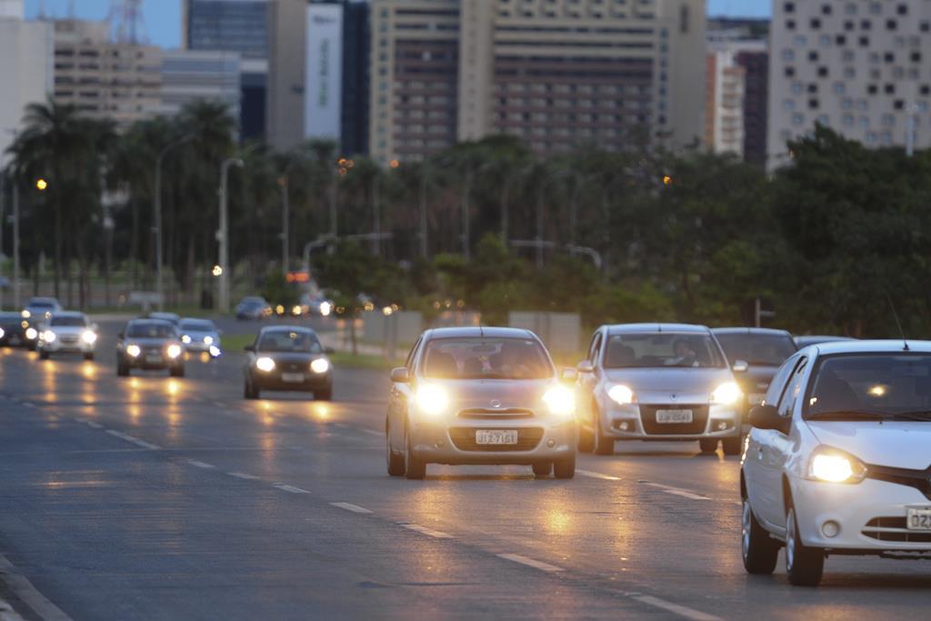 o licenciamento é o documento que autoriza o veículo de circular pelas ruas e pelas estradas de forma livre e sem impedimentos