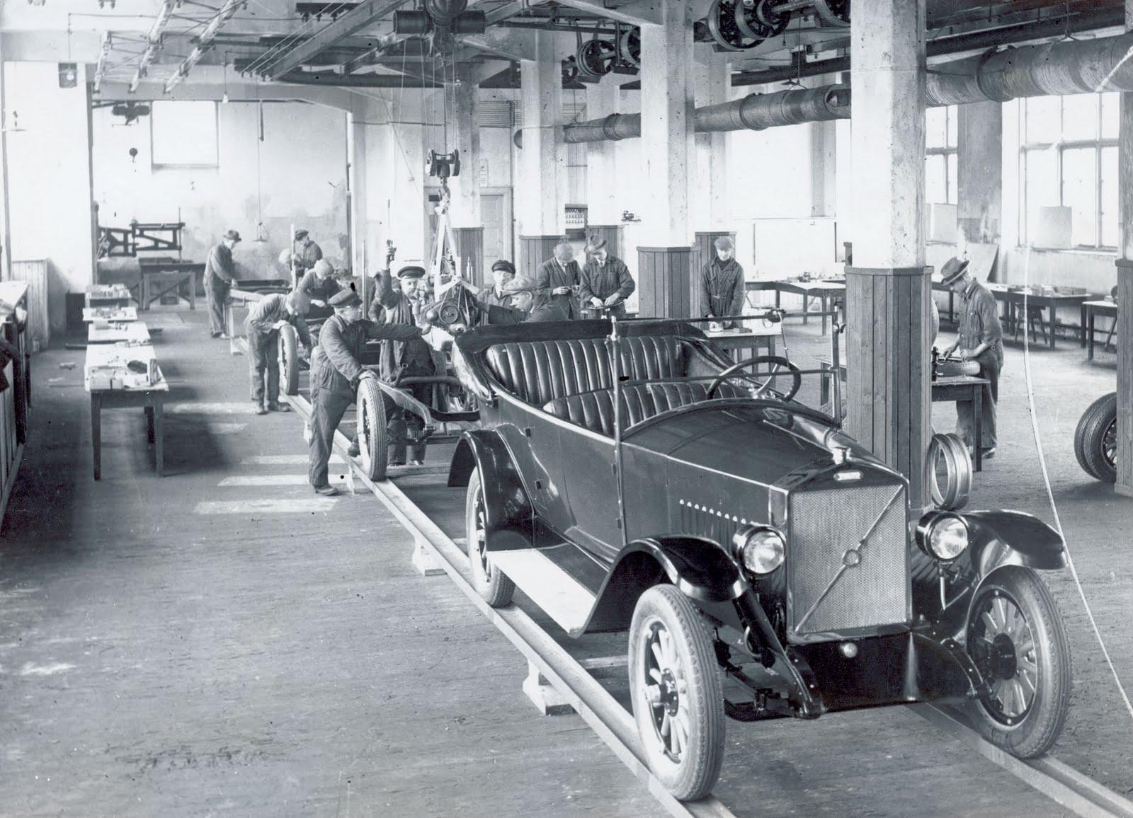 monarquismo na segunda revolução industrial