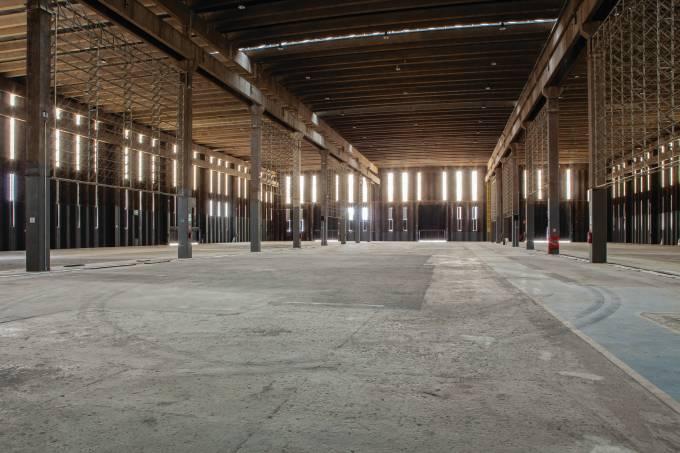 fábrica desativada na vila leopoldina