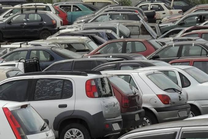 veículos sinistrados para venda