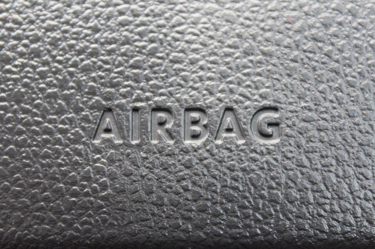 É necessário fazer revisão de airbag?