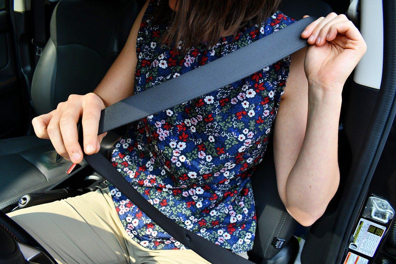 Cinto de segurança: diminuem em 40%  chance de óbitos em acidentes automotivos